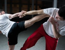 Wirtualny trening boksu z elementami kick-boxing