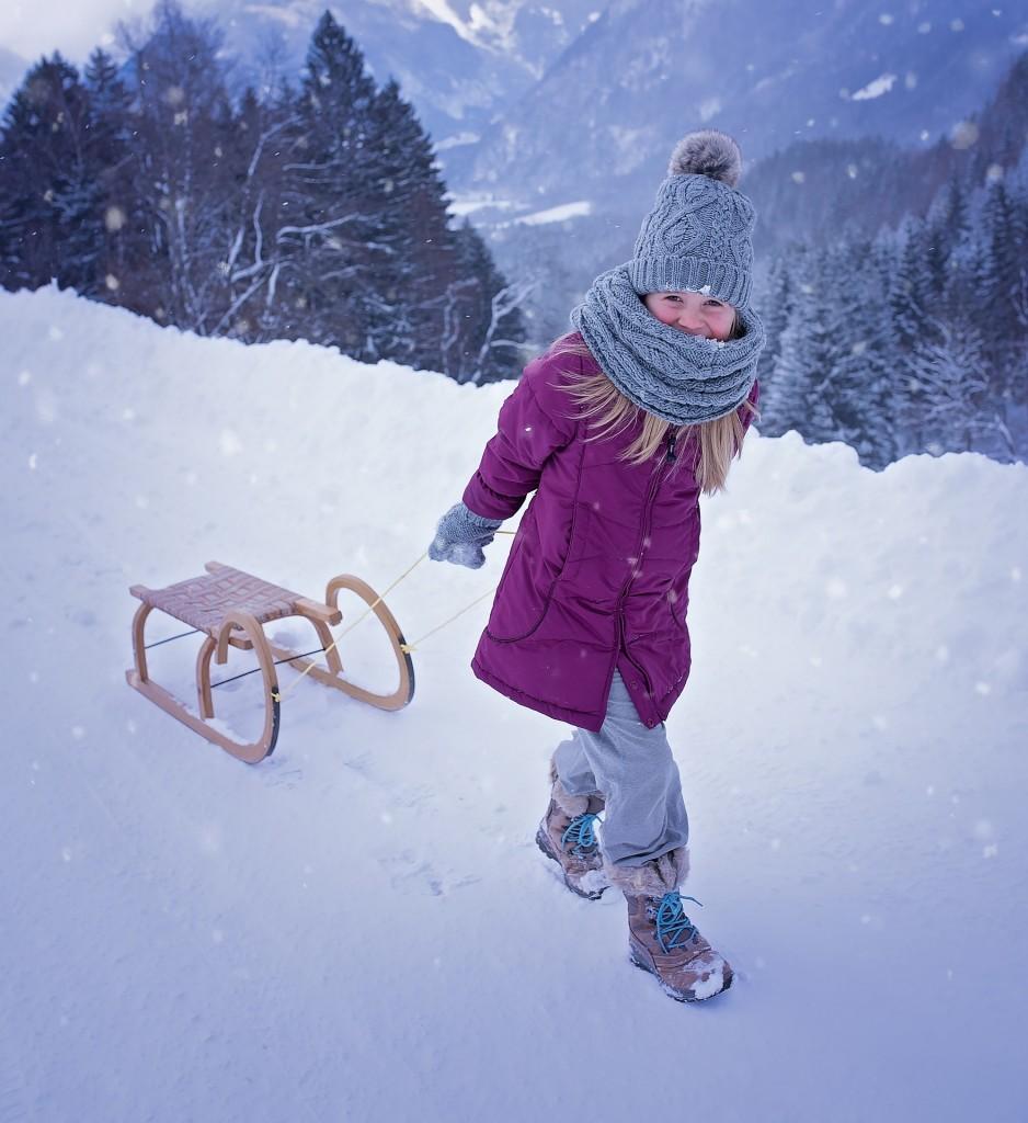 """Internetowy konkurs plastyczny """"Zimowy krajobraz"""""""