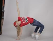 Wirtualne zajęcia tańca nowoczesnego dla dzieci z instruktorem GOKiS
