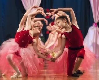 Wirtualne zajęcia baletu z instruktorem GOKiS