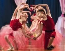Wirtualne zajęcia z baletu dla dzieci z instruktorem GOKiS